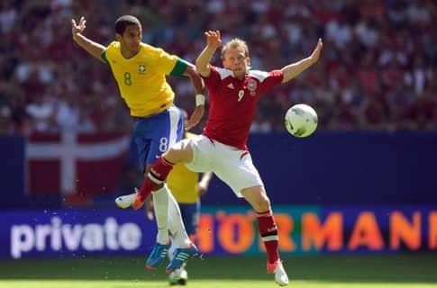 Дания уступила сборной Бразилии в товарищеском матче