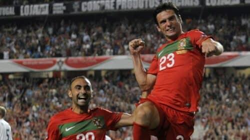 Португалия лидирует в своей группе